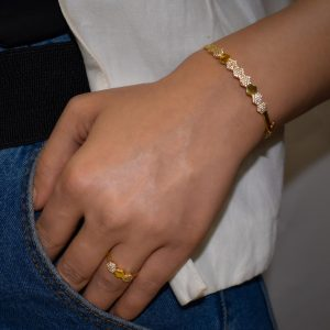BeeHive Stoned Bracelet With Ring